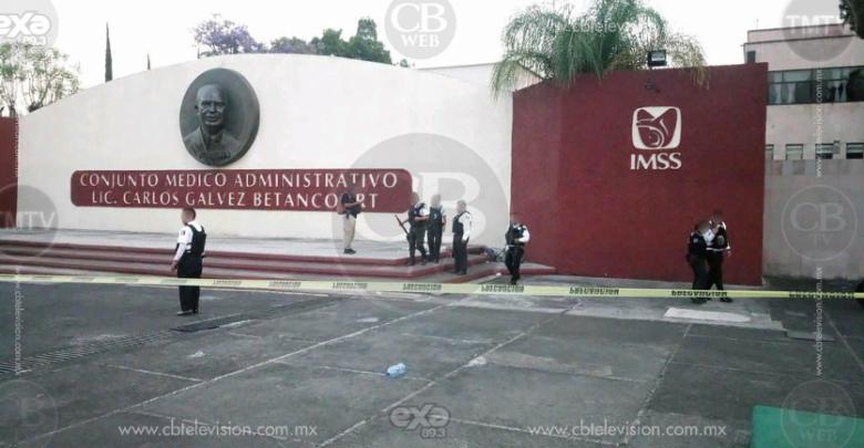 Muere un hombre afuera del IMSS Nocupétaro en Morelia