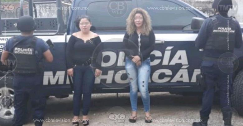 """""""Robacarros"""" disparan contra policías, hay 2 mujeres detenidas y un vehículo incautado"""