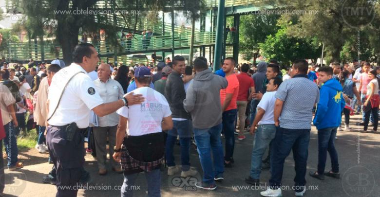 """Más de mil personas exigen liberación de """"El Inge"""", líder delincuencial arrestado"""