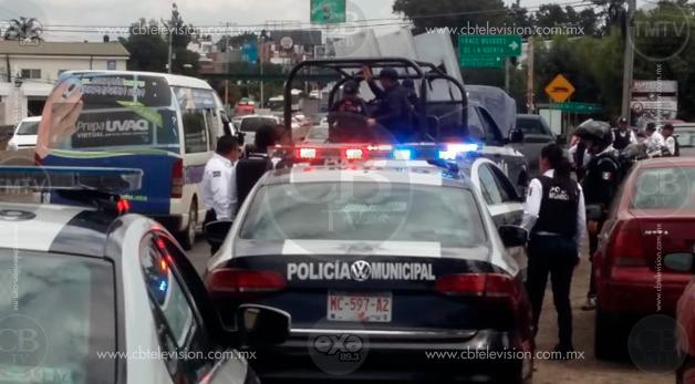Tras persecución recuperan camioneta con reporte de robo en Morelia