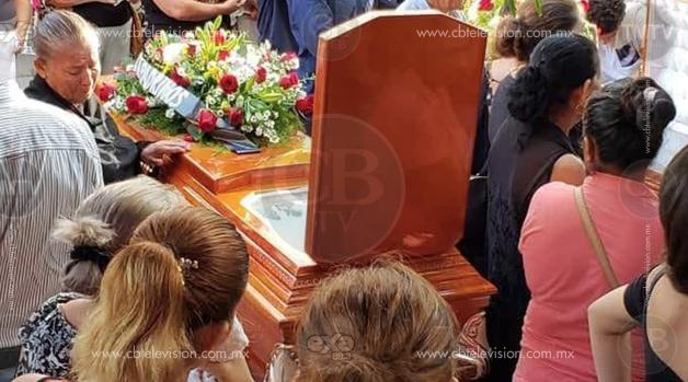 Sepultan a los cuatro jóvenes que fueron víctimas de atentado a balazos en La Mira