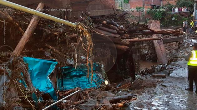 Actualización: Aumenta a cinco muertos y 9 desaparecidos en Peribán