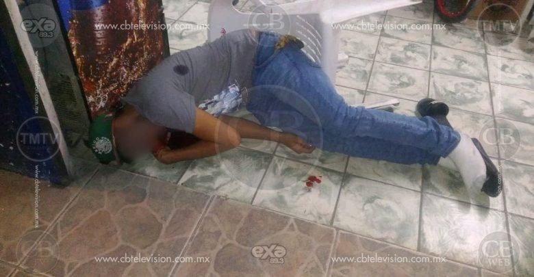 Matan a dos en una tienda de abarrotes en Sahuayo, entre ellos un niño