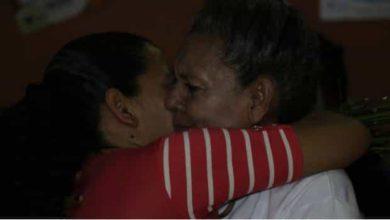 Secuestraron a su hija hace 13 años, ahora se reencuentran