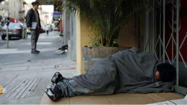 Policía vive 4 meses en la calle; no se bañaba y se drogaba para capturar a una banda