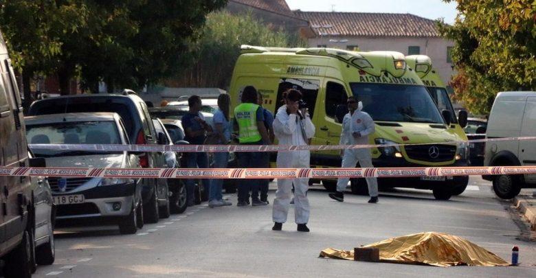 Asesina a su esposa, atropella a su hija y luego se suicida