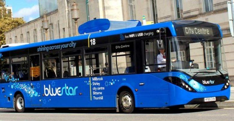 Este autobús limpia el aire mientras traslada pasajeros