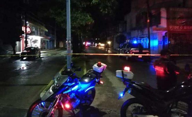 Detonan granadas en dos bares en Oaxaca