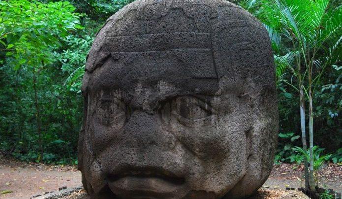 Extranjeros dañan piezas arqueológicas en Tabasco