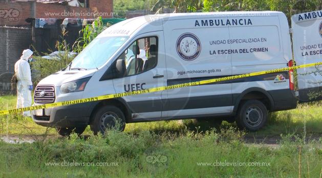 Localizan dos ejecutados en la parte trasera de una camioneta