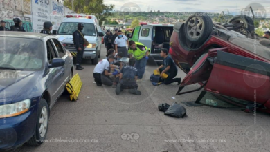 Policías y delincuentes se enfrentan a balazos; un muerto y dos heridos