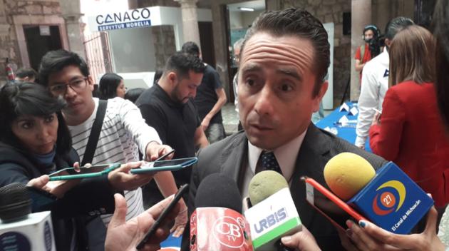 Defenderá Secretaría de Economía, proyecto original de NAICM: Zeus Rodríguez