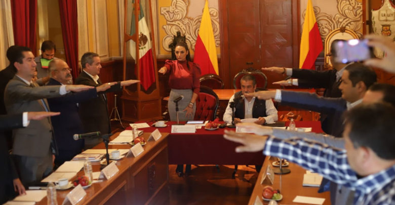 """Colegio de Morelia debe ser un punto de encuentro de """"regeneración del tejido social"""": Presidente Municipal Raúl Morón"""