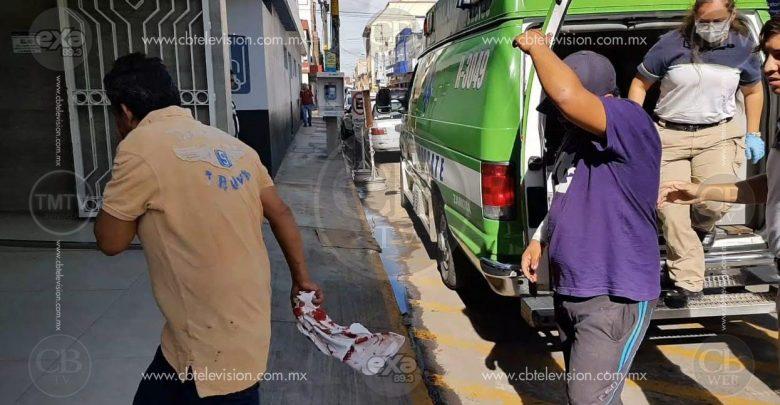 Padre e hijo comerciantes fueron baleados en el Fraccionamiento Acanto II