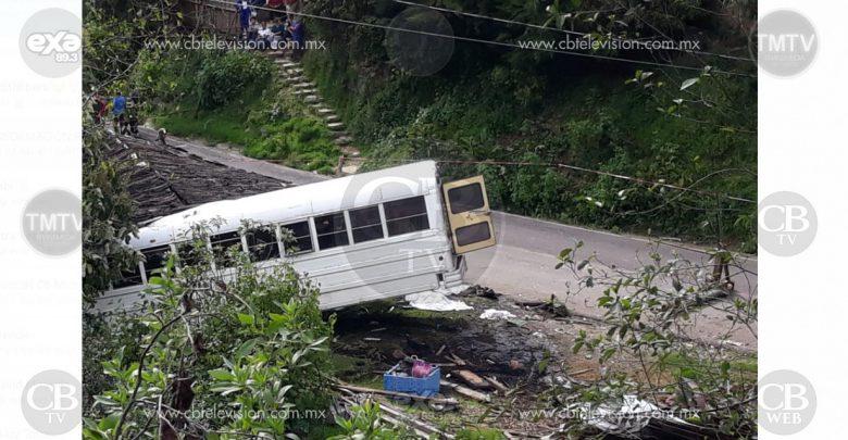 Se accidenta camión de peregrinos, hay 10 muertos y al menos 20 lesionados