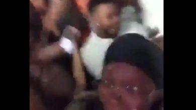 Video: Se encontraban brincando durante una fiesta, el piso se vino abajo
