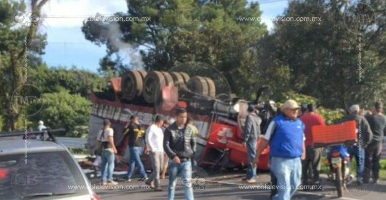 Chofer de camión salva su vida de milagro
