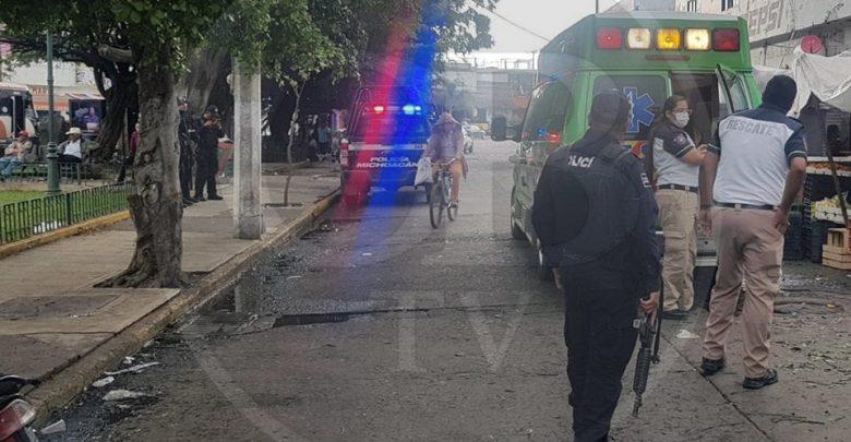 Muere comerciante tras ser baleado en el Mercado Hidalgo, su hijo resulta lesionado