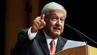 A dar justicia a extrabajadores de Mexicana, se compromete AMLO