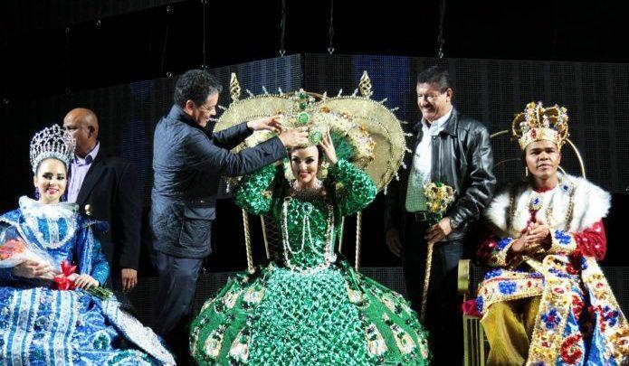 Mujeres transgénero podrán participar como candidatas a reina en el Carnaval de Baja California