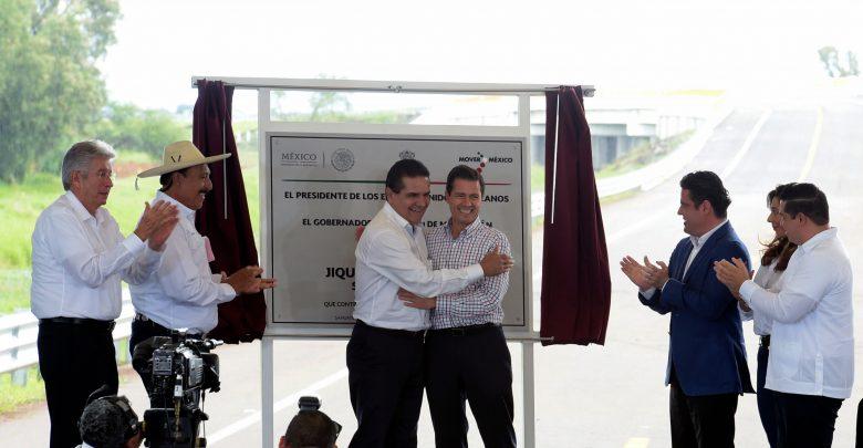 Inaugura Enrique Peña Nieto la segunda etapa de la carretera Jiquilpan-Sahuayo