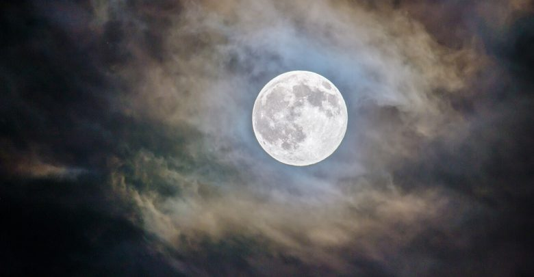China lanzará una luna artificial al espacio para 2020
