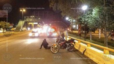 Vehículo huye tras impactar a motociclista en el Periférico de Morelia