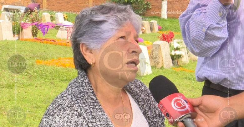 Buscan las familias preservar tradición de día de Muertos