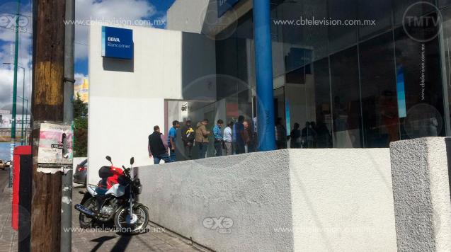Asaltan a cuentahabiente en Bancomer de Morelos Norte