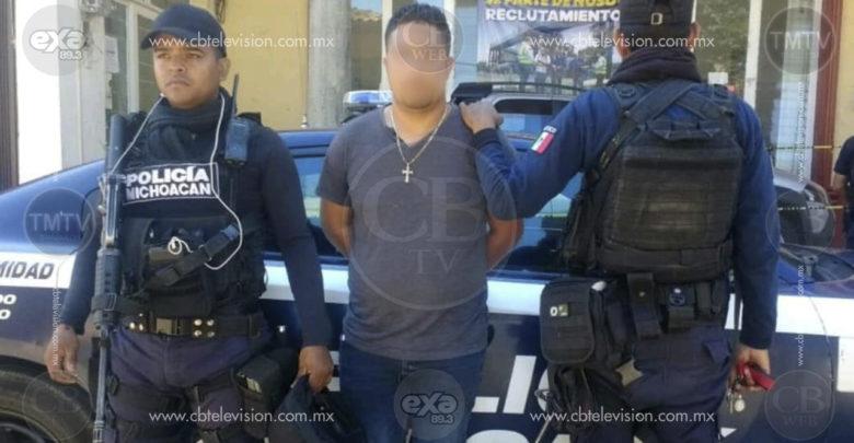 Detienen a hombre armado en Tocumbo