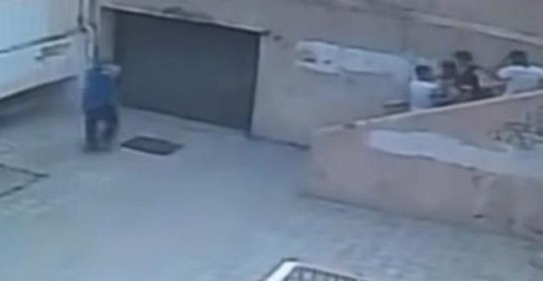 Durante el receso, muere estudiante tras fuerte pelea en el patio