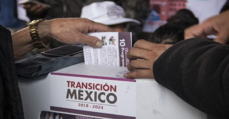 La población aprueba Tren Maya, Refinería y demás programas sociales de AMLO