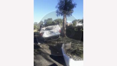 Luego de volcar, abandona su auto en la Av. División del Norte de Morelia