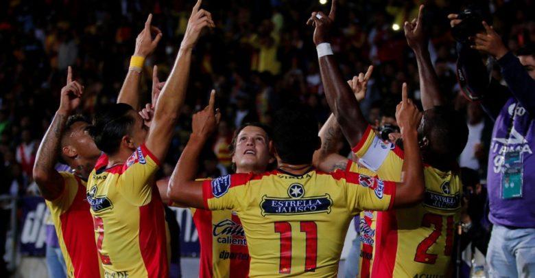 Monarcas Morelia se enfrenta a Tigres en partido decisivo