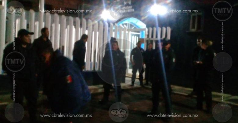 Policías de Chilchota siguen con paro laboral, exigen tranquilidad para ellos y su familia