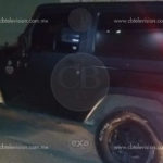 Policía Michoacán asegura camioneta robada, dentro encontraron tres armas largas