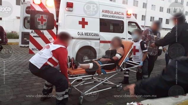 Policía de Morelia auxilia a mujer lesionada por arma blanca