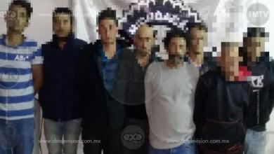 Detienen a 8 presuntos miembros de grupo criminal