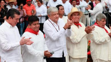 Con ceremonia indígena a la Madre Tierra, AMLO inicia trabajos de construcción del Tren Maya