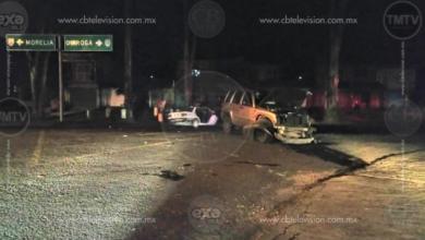 Muere taxista en choque contra camioneta