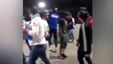 Fuertes imágenes: Aficionados del Cruz Azul dan golpiza a seguidor del América
