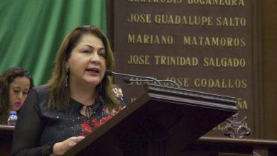 """""""El dinosaurio se Niega a Morir"""": Cristina Portillo a SCJN"""