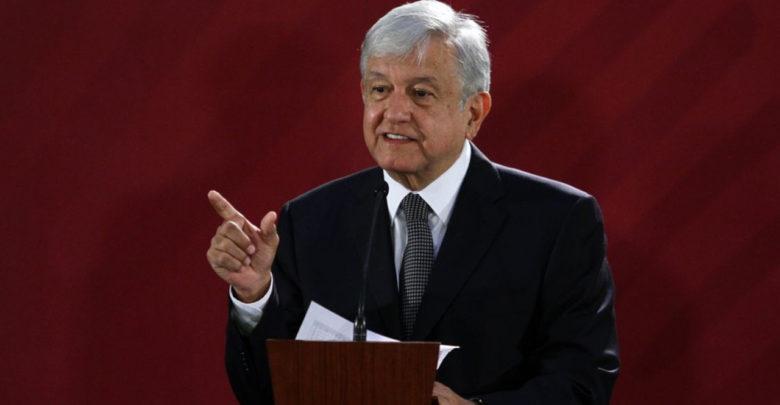 Ganar 600 mil pesos al mes como funcionario es corrupción López Obrador