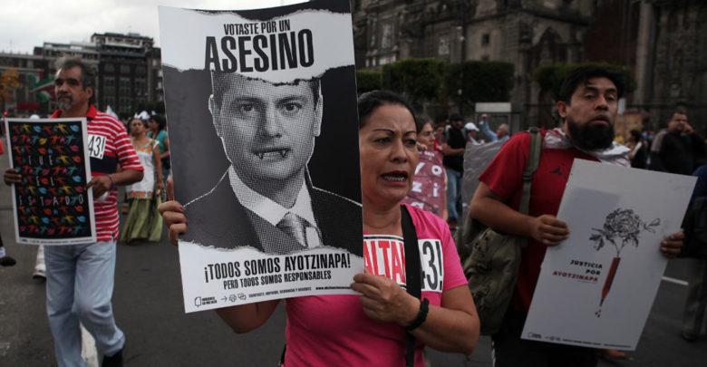 Justicia para los 43, promete AMLO