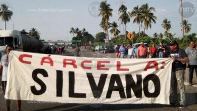 Mañana caótica por cierres viales de la CNTE en Michoacán