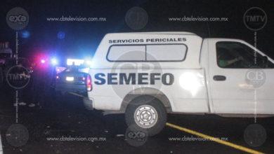 Muere mujer en choque de auto contra autobús sobre la Maravatío-Morelia