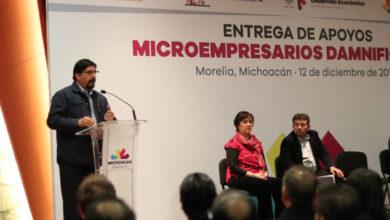 Realiza Federación, Estado y Ayuntamiento, primera entrega de apoyos a microempresarios damnificados
