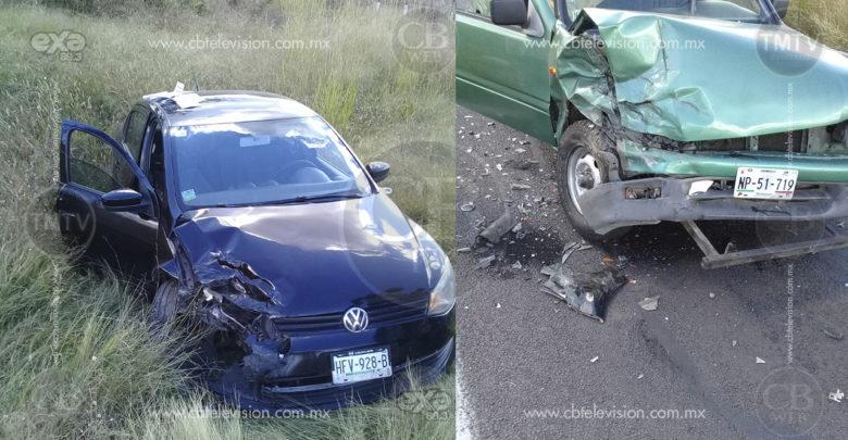 Varios lesionados deja choque de frente entre dos vehículos