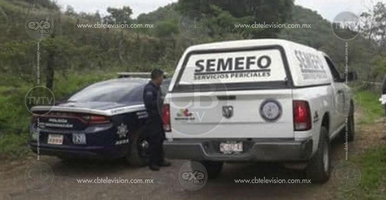 Localizan dos cadáveres baleados en la carretera Villa Madero-Tacámbaro