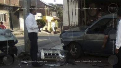"""Gatilleros antagónicos se enfrentan en Uruapan, hay dos muertos y una anciana lesionada por """"bala perdida"""""""
